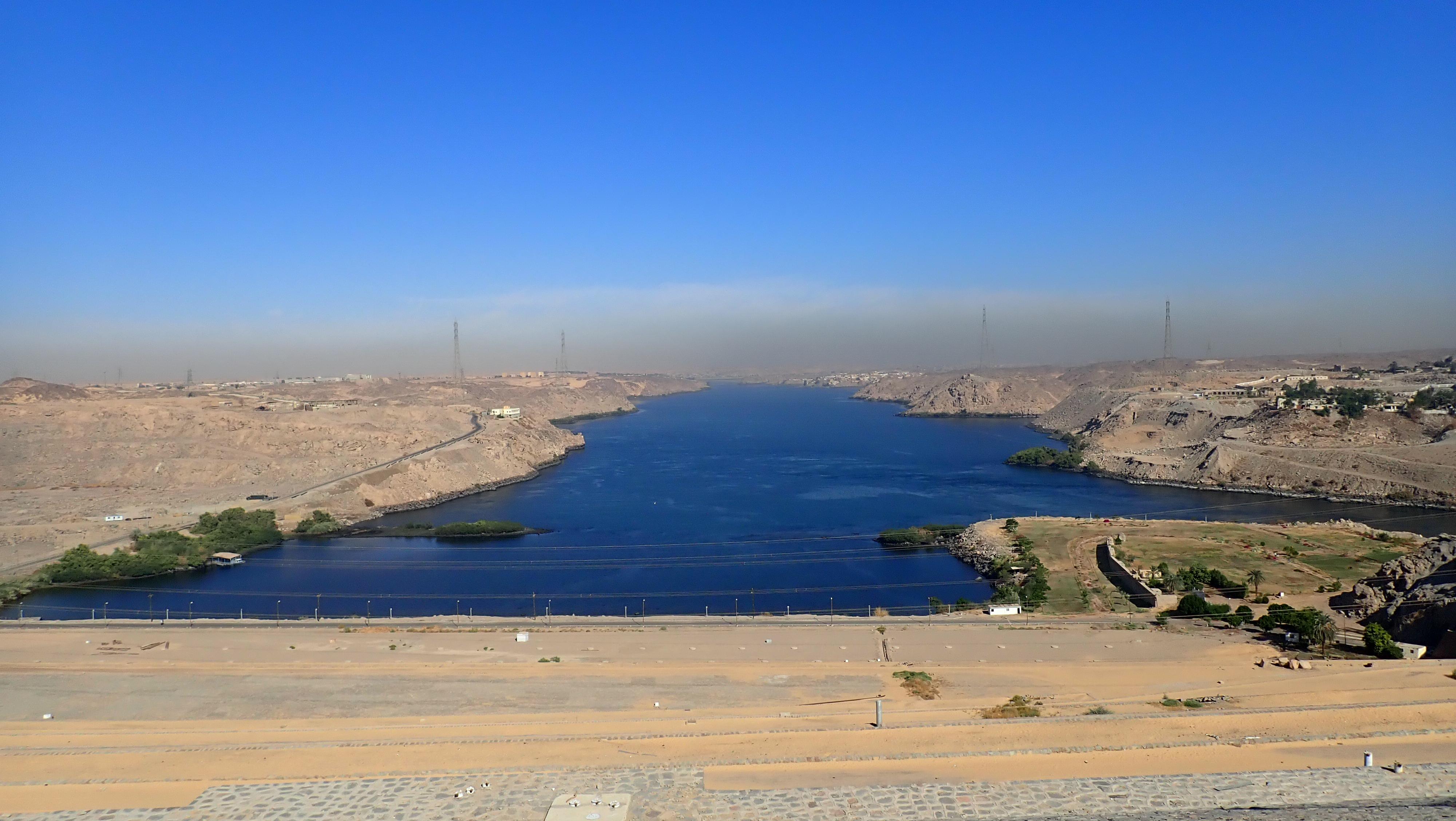 ダム の ナイル 川